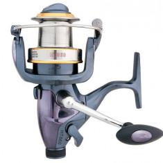 Mulineta Baracuda HT860 cu tambur long cast pentru pescuit la Crap
