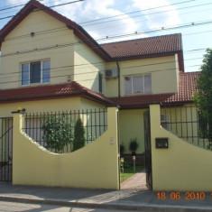 Vand vila Bucuresti zona Carrefour Colentina S+P+E+M - Casa de vanzare, 256 mp, Numar camere: 8, Suprafata teren: 450