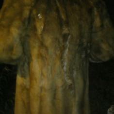 Haină din blană de urs - haina de blana