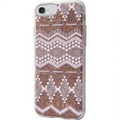 Husa Protectie Spate Guess GUHCP7TGTA Tribal 3D Roz pentru Apple iPhone 7 - Husa Telefon