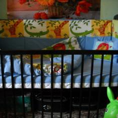 BabyNeeds Patut din lemn 120x60 cm cu laterala culisanta +Saltea cocos+etc - Patut lemn pentru bebelusi BabyNeeds, Negru