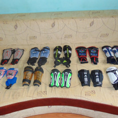 SET Aparatori Fotbal Adidas COPII, Marime: S