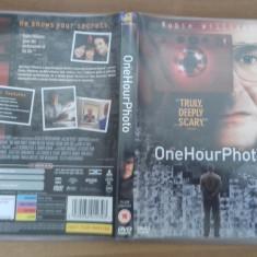 One Hour Photo - DVD [B] - Film SF, Engleza
