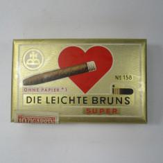 I Cutie de tigari, veche de carton, Die Leichte Bruns - Cutie Reclama