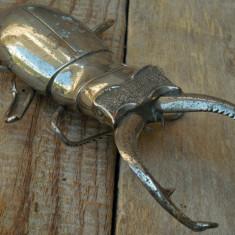 PRESPAPIER DE BIROU / FIGURINĂ VECHE FĂCUTĂ DIN BRONZ NICHELAT - RĂDAȘCĂ MARE! - Metal/Fonta, Statuete