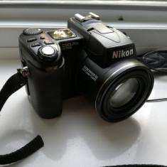 NIKON Coolpix e8700 - DSLR Nikon