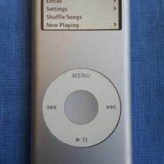 IPod nano (2nd Gen 2 GB ((a24) Apple A1199 20 ore fuctionare pe muzica, 2nd generation, Argintiu