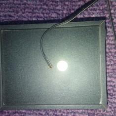 Mini boxa cu fir si mufa, 12X9 cm