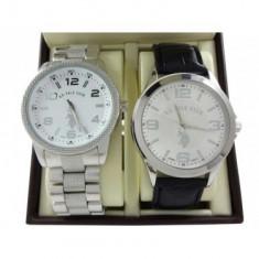 Set 2 ceasuri de mana barbati - US Polo ASSN in cutie cadou - import SUA - Piese Ceas