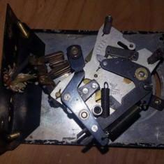 Mecanism vechi ceas de perete cu contact inchis deschis temporizator