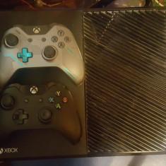 Xbox One Microsoft 1TB + 2 Controllere + colectie de 13 jocuri DVD