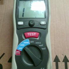 Aparat digital pentru masurarea impamantarii VOLTCRAFT ET-02