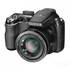 Vand/schimb aparat foto fuji 14 Mpixeli, 30X zoom optic - Aparat Foto Fujifilm FinePix S4200