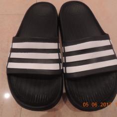 Slapi Adidas marime K13 originali interior 20, 5 cm - Papuci copii, Marime: Alta, Culoare: Negru, Baieti