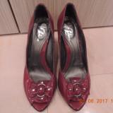 Pantofi BATA piele naturala marimea 39