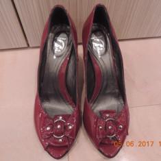 Pantofi BATA piele naturala marimea 39 - Pantof dama Bata, Culoare: Visiniu, Cu toc