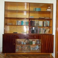 Biblioteca cu vitrine din sticla -pret negociabil -stare foarte buna - Biblioteca living