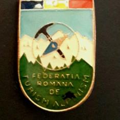 Insigna Federatia romana de turism alpinism