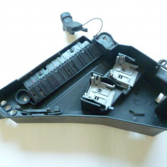 Suport cutie depozitare relee, module si sigurante tablou Renault Laguna 1 ! - Sigurante Auto, LAGUNA I (B56_, 556_) - [1993 - 2001]