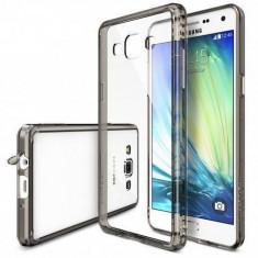 Husa Protectie Spate Ringke Fusion Smoke Black + Bonus folie protectie display Samsung Galaxy A7 - Husa Telefon