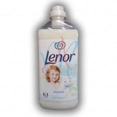 LENOR Balsam de rufe Soft Embrace 1.9L 63 spalari
