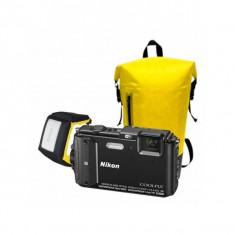 Aparat foto compact Nikon Coolpix AW130 16 Mpx zoom optic 5x WiFi subacvatic Diving Kit Negru