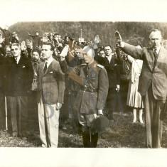 FOTO, ION ANTONESCU LA COMEMORAREA EXECUTIEI MEMBRILOR MISCARII LEGIONARE, RASNOV, 22 SEPTEMBRIE