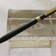 Pix Zippo elemente metalice placate cu aur made in USA