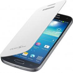 Flip cover Samsung EF-FI919BWEGWW alb pentru Galaxy S4 Mini - Husa Telefon