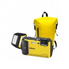 Aparat foto compact Nikon Coolpix AW130 16 Mpx zoom optic 5x WiFi subacvatic Diving Kit galben