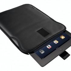 Husa tableta Trust 18192 Carbon Look Protective Sleeve pentru 10 inch