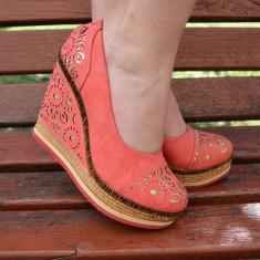 Pantof modern, cu platforma si talpa intreaga, de culoare corai (Culoare: CORAI, Marime: 40) - Pantof dama