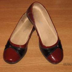 Pantofi fete, piele lacuita, Marelbo, marimea 33 - Pantofi copii, Culoare: Visiniu, Piele naturala