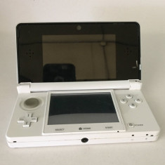 Consola Nintendo 3ds White / Joc Pokemon, Card SD 2GB Toshiba / (1305)