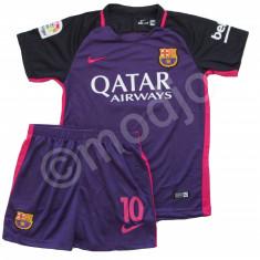 Compleu Echipament FOTBAL FC Barcelona MESSI MODEL 2017 pt. copii 4-14 - Set echipament fotbal Nike, Marime: YXXL, YXL, YL, YM, YS, YXS