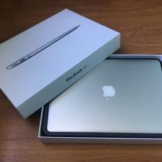 Macbook Air 13 - Laptop Macbook Air Apple, 13 inches, Intel Core i5, 120 GB