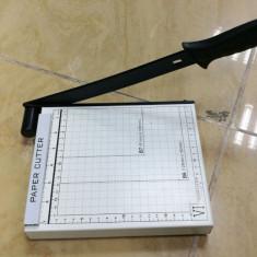 Ghilotina A5 cu parghie / paper cutter