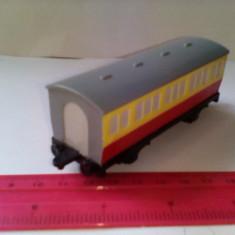 Bnk jc Thomas & Friends - lot 2 vagoane de plastic - Jucarie de colectie