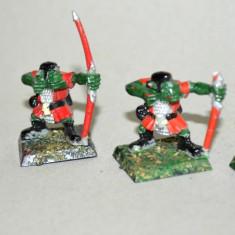 Lot figurine miniaturi WARHAMMER ORCS AND GOBLINS ARMY (2) - Miniatura Figurina