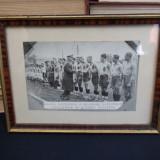 COPIE VECHE *ECHIPA NATIONALA A ROMANIEI(MILITARA), FELICITATA DE PRINTUL NICOLAE - Fotografie