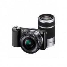Aparat foto Mirrorless Sony Alpha A5000 20.1 Mpx Black Kit SEL 16-50mm si SEL 55-210mm, Kit (cu obiectiv)