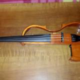 Vind vioara  Yamaha EV 204