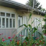 Casa + teren - 7437 mp - municipiul Falticeni, Suceava, cu 6, 72 mp = 50.000 EUR - Casa de vanzare, 80 mp, Numar camere: 6