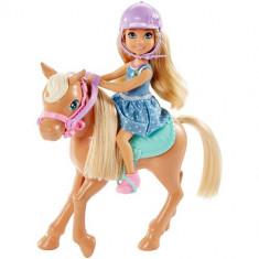 Papusa Mattel Barbie Club Chelsea cu Ponei