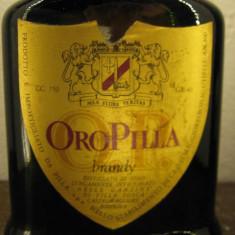 Brandy oro pilla, guler de aur, -cl 75 gr 40 sticla ani 70 - Cognac