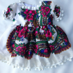 Rochie fetite 0-4 ani 90 lei 4-7 ani 100 lei COPII costum popular national, Marime: Alta, Culoare: Alb