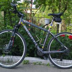 SCOTT Sportster P3, full Deore, 28``, frane hidraulice+ o pereche roti identice - Bicicleta Trekking, 18 inch, Numar viteze: 27