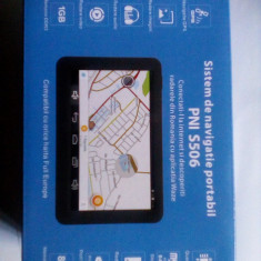 GPS Auto PNI S506 Nou, sigilat, cu ecran de 5 inch, Android 4.4.2, Waze si Here Maps, 5 inch, Romania