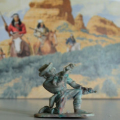 (12)Cowboy si indieni romanesti, perioada comunista, figurina plastic, anii '80