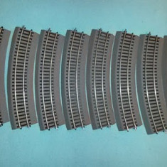 Linii sine pt. trenulet electric roco line terasament cauciuc 16.5 mm ho